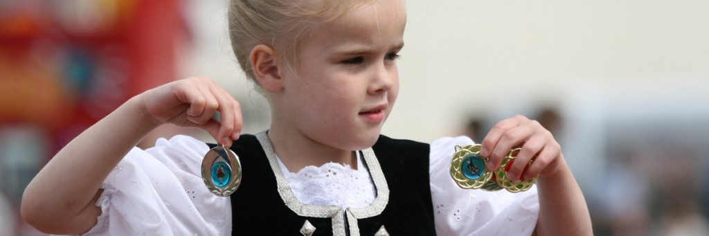 wee-girl-with-medals